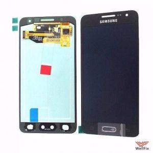 Дисплей Samsung Galaxy A3 SM-A300F с тачскрином черный