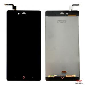Дисплей ZTE Nubia Z9 Max с тачскрином черный