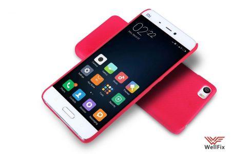 Чехол Xiaomi Mi5 красный (Nillkin, пластик)